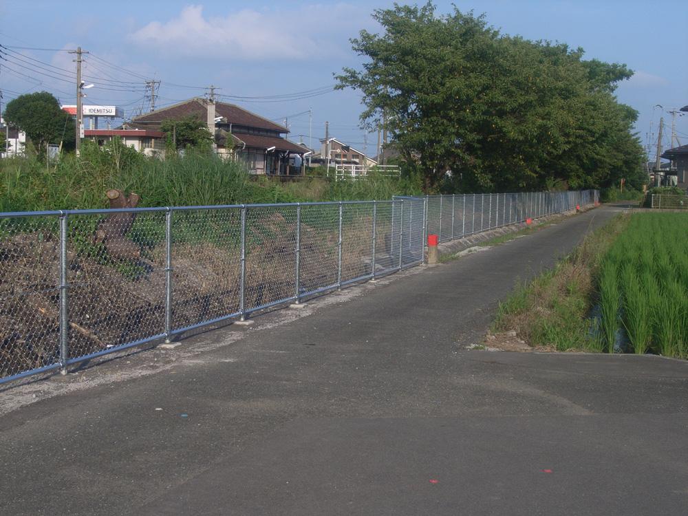 小城駅構内立入防止柵設置