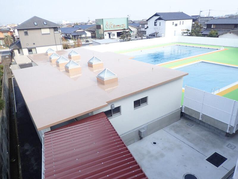 桜岡小学校プール